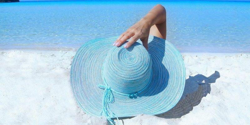 Publier sur les réseaux sociaux en vacances : une bonne idée ou pas ?